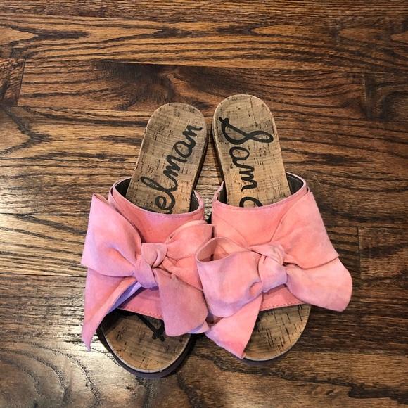 10fc6786de0b Sam Edelman Henna Pink Suede Bow Sandal Slides. M 5a721d568290af15c951f1bb